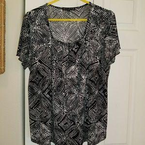 Black/grey/white pattern blouse